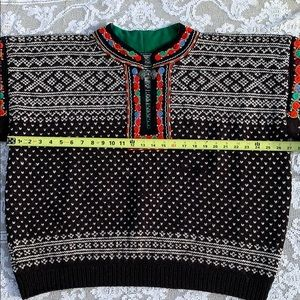 Hand Knit Men's Norwegian Sweater.